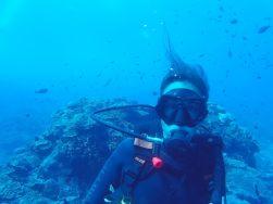 Elise sous l'eau