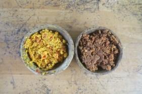 """Deux préparations : épices du """"bumbu bali"""", pâte de cacahouettes pour la sauce Satay"""