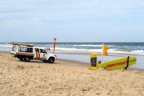 """Un """"lifeguard"""" en service sur une plage de la côte Est"""