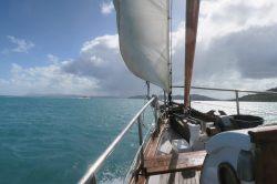 Direction la plage de Whitehaven dans l'archipel des Whitsundays