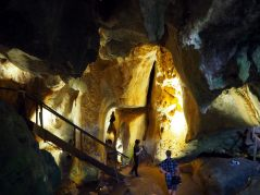 Capricorn caves