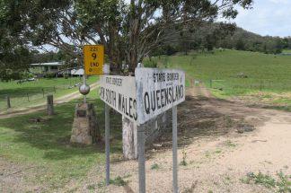 De nouveau on croise la frontière entre le Queensland et le New South Wales. Il ne faut pas oublier de mettre sa montre à l'heure !