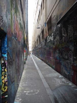 Street art dans une allée du centre ville