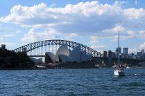 L'opéra de Sydney devant le Harbour Bridge