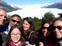 Selfie avec la famille de Chilien qui nous a pris en stop pour aller au Perito Moreno !