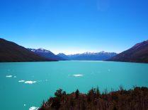 """Le canal de """"Los Tempanos"""" en aval du glacier"""