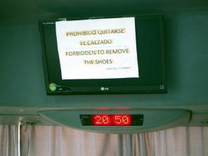 En Patagonie, il est interdit d'enlever ses chaussures dans les bus... tu m'étonnes, y'a que des randonneurs ici...
