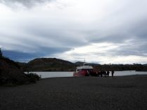 La navette qui amène les randonneurs au pied du Glacier Grey