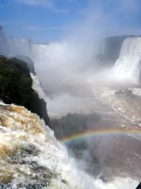 Vue sur la gorge du diable (au fond), depuis le coté Brésilien
