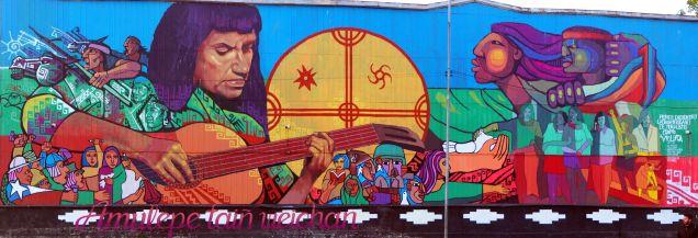 Panorama d'une fresque à Valparaiso