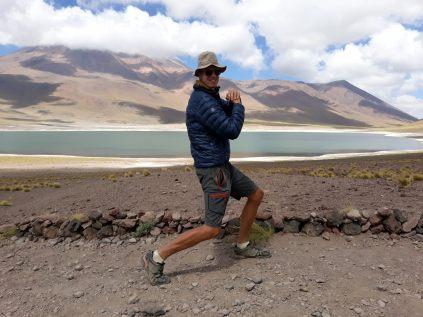 Beau Gosse posant la Laguna Minique...l'altitude... ;)