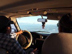 Dans la Jeep sur le salar