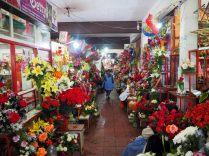 Stands de fleurs au marché de Sucre
