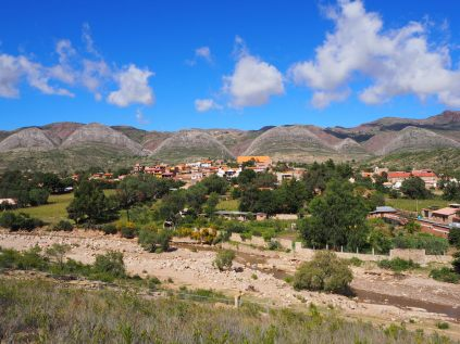 Vue sur le village de Toro Toro
