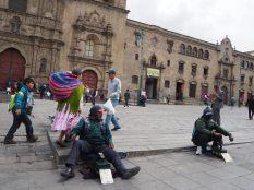 Des cireurs devant la Basílica San Francisco, La Paz