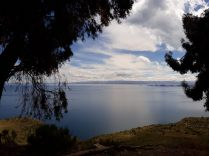Premières vues du lac Titicaca depuis le bus