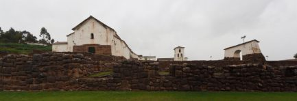 Vallée sacrée des Incas, village de Chinchero (Panorama)