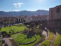 Vue depuis l'église de Santo Domingo (construite sur le temple du soleil) à Cuzco