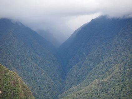 Les montagnes entourant le Machu Picchu