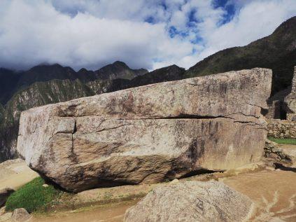 Enorme bloc de roche