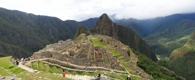 Panorama sur le Machu Picchu (zone urbaine)