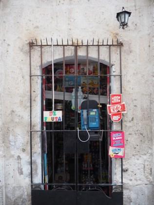 Cabine téléphonique, Arequipa