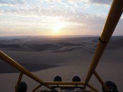 Coucher de soleil lors de l'excursion en buggy