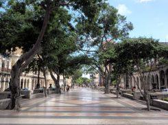 Paseo del Prado, une promenade marquant la limite entre le centre (Centro Habana) et le vieux Havane (Havana Vieja)