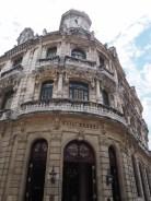 Devanture de l'hotel Raquel, La Havane