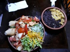 Repas cubain au restaurant
