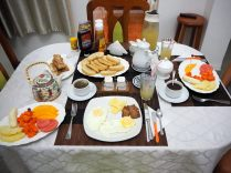 Petit déjeuner à la casa