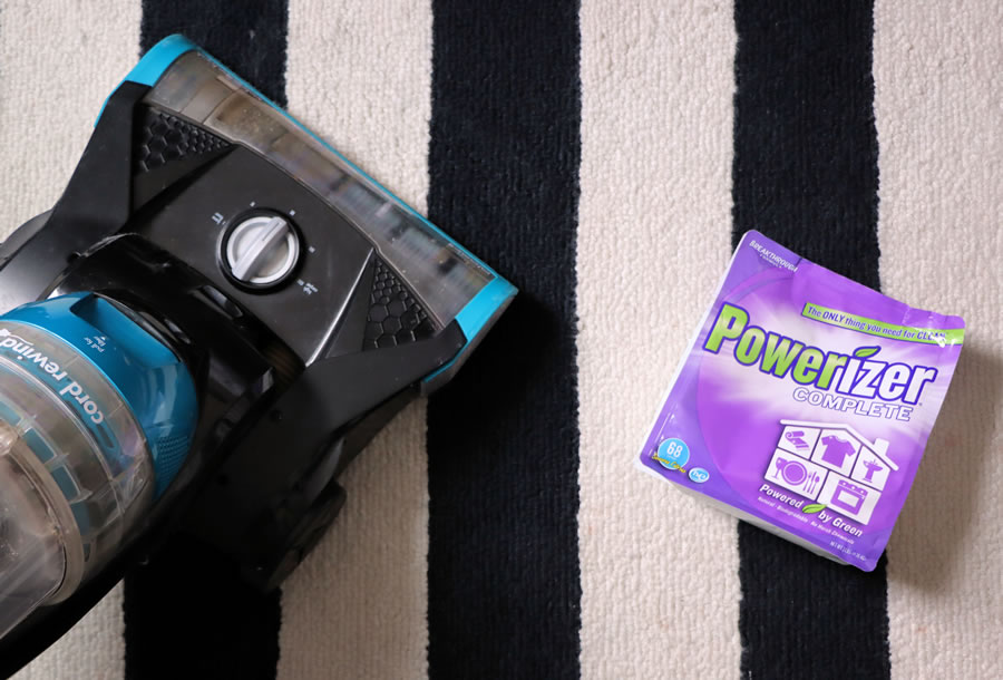 Powerizer cleans rugs and carpet