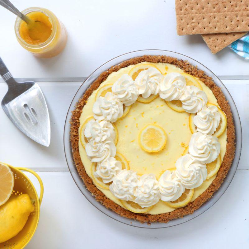 How to Make a Greek Yogurt Lemon Cream Pie with graham cracker crust| onbetterliving.com