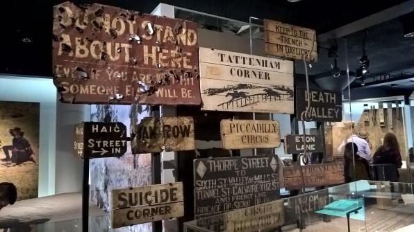 Anciens panneaux