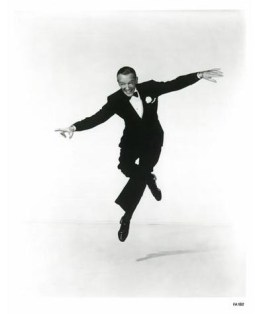 Fred-Astaire-fred-astaire-221725_385_475