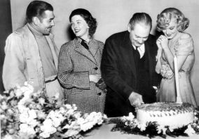 gable-loy-barrymore-harlow-cake-37_opt