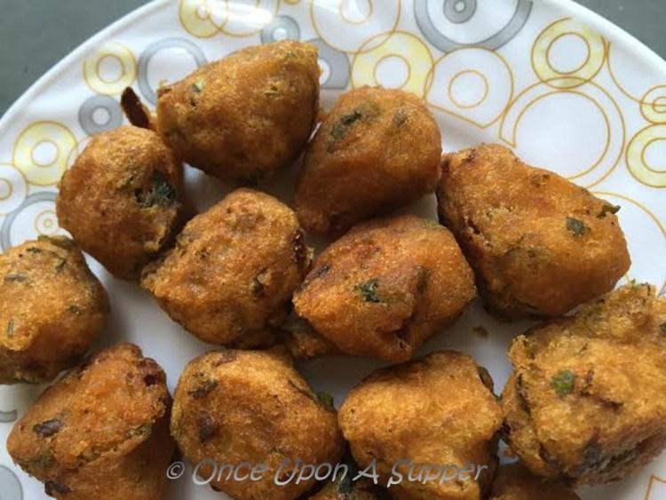 Red Lentil Fritters, Daal er Bora (Dal Vada) or Gateau Piment