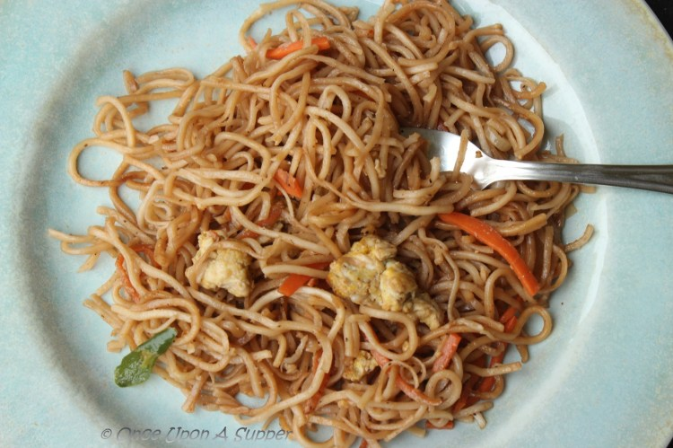 Indian style Chowmein -- and a peep into the street fast food culture