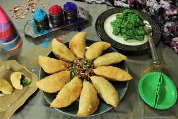 Banarasi Paan ki Gujiya -- Indian empanadas filled with sweet, mouth refreshing goodness