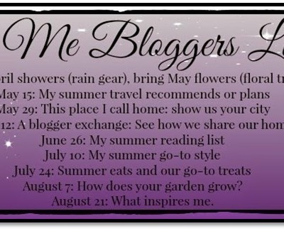 My Summer Reading List:  Style Me Bloggers Link-Up