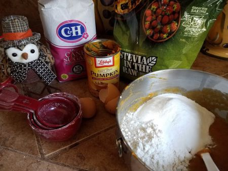 Tasty Tuesday: Betty's & Buffy's Pinspired Pumpkin Bread