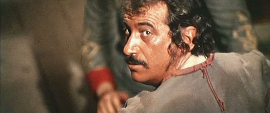 Leo Anchoriz as Decker, the dynamite expert in Kill Them All and Come Back Alone (1968)