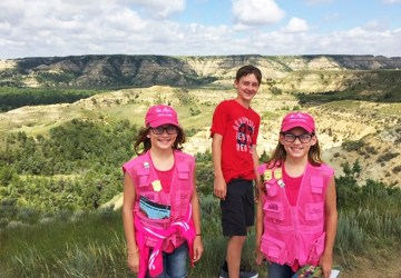 Junior Ranger kids Teddy Roosevelt NP Badlands