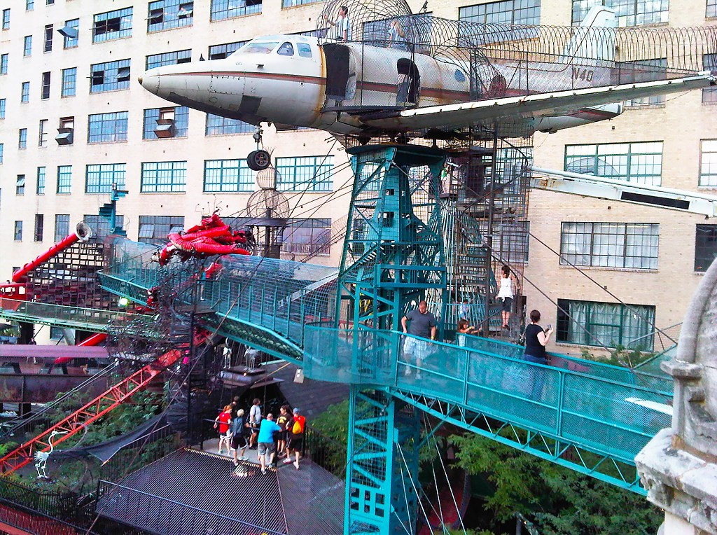 City Museum plane MonstroCity