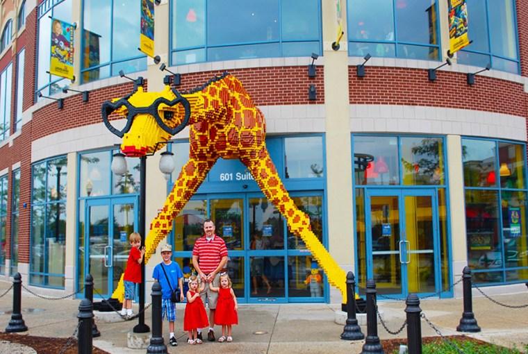 Legoland Discovery Center Chicago giraffe