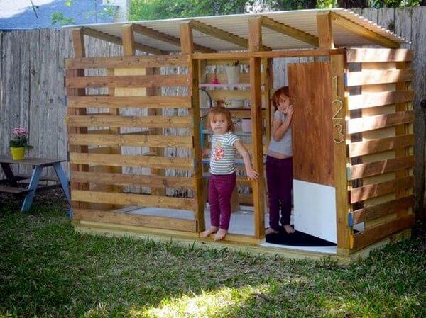 construire une cabane en palette la
