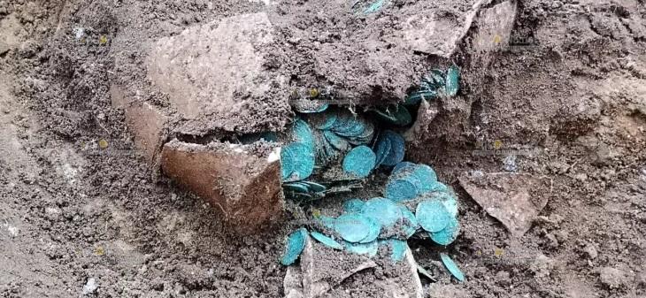 В Венгрии нашли клад средневековых монет