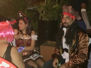 Two pirates at La Casa Redonda