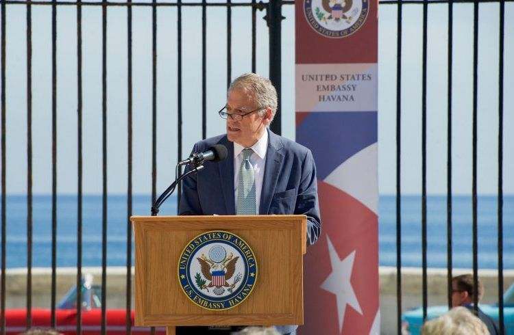 DeLaurentis, one of the diplomats who headed the opening of the U.S. embassy in Cuba, was replaced. Photo taken from the Council of Hemispheric Affairs.