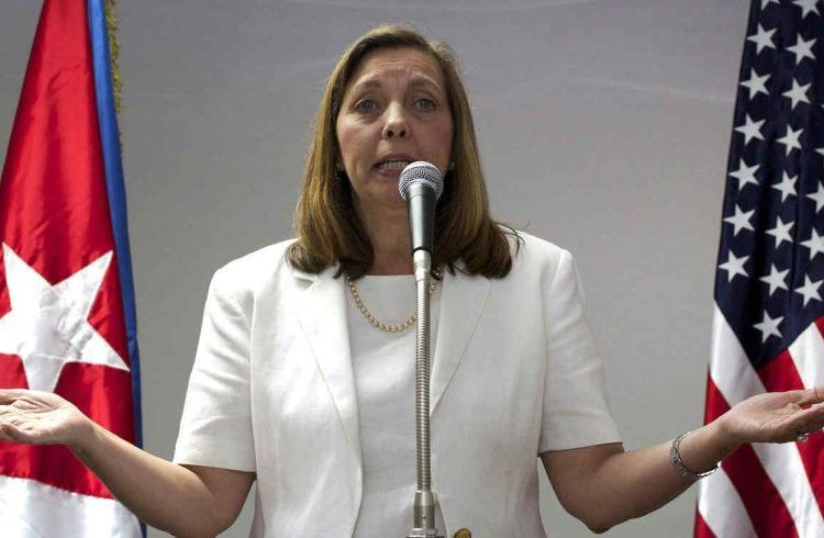The general director of the Cuban Foreign Ministry's U.S. Department, Josefina Vidal, during a meeting with journalists after participating in talks with representatives of the United States in Havana, January 22, 2015. Photo: Desmond Boylan / AP.